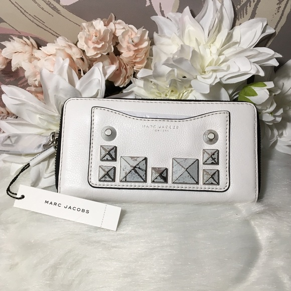 dbdb116e13 Marc Jacobs Bags | Nwt Studded Continental Wallet White | Poshmark